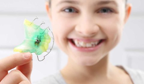 zahnzoo-krefeld-kinder-zahnspange-kieferorthopäde